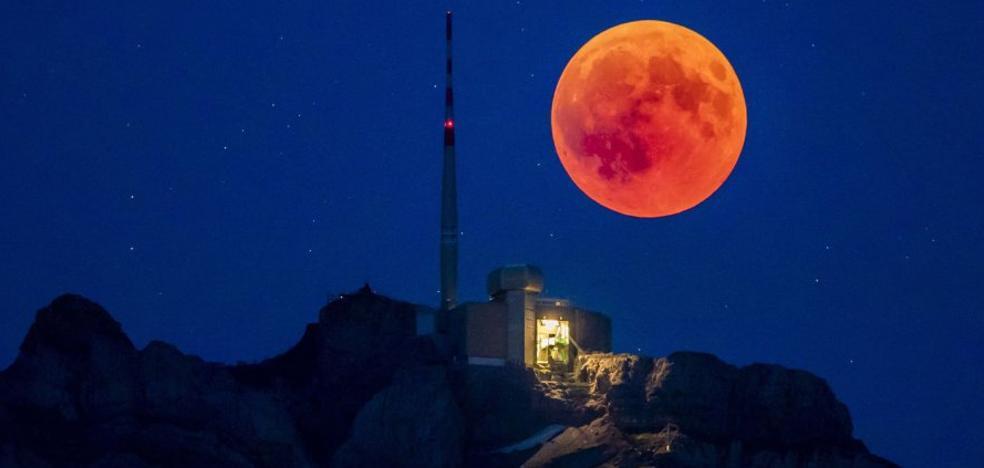 El eclipse lunar que en Euskadi no se pudo ver
