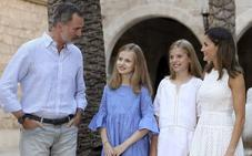 Los Reyes y sus hijas trasladan el posado estival al Palacio de la Almudaina