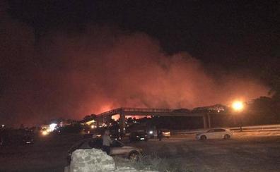 Estabilizado el incendio en Málaga que ha obligado a desalojar esta madrugada a 400 personas