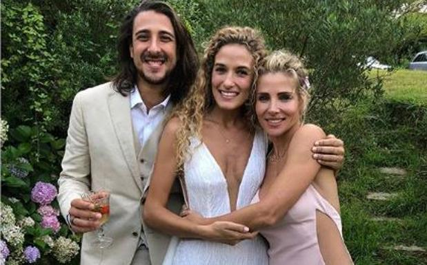 Elsa Pataky, de boda en Getaria: «Enhorabuena a dos de las personas que más quiero en el mundo»