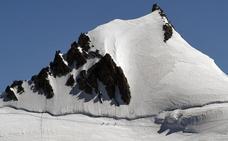 Tres alpinistas fallecen intentando ascender el Mont Blanc