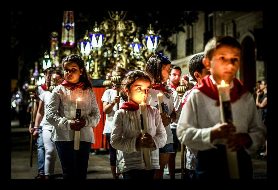 La procesión de Los Faroles, en imágenes