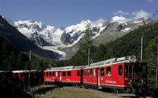 Mueren 20 personas al estrellarse un avión militar antiguo en Suiza