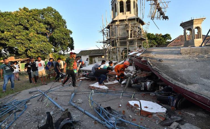 Un terremoto de magnitud 6,9 sacude la isla de Lombok (Indonesia)
