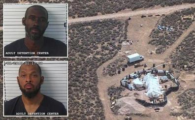 Rescatan a once niños famélicos retenidos en medio del desierto de Nuevo México por «extremistas»