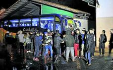 Euskadi tendrá que seguir afrontando por su cuenta la llegada de menores inmigrantes