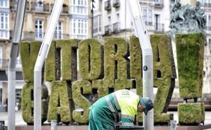 El Ayuntamiento de Vitoria incoa a la contrata de limpieza un expediente por «infracción muy grave»