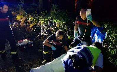 Rescatado un ciclista que se había caído en un camino forestal en Atxondo