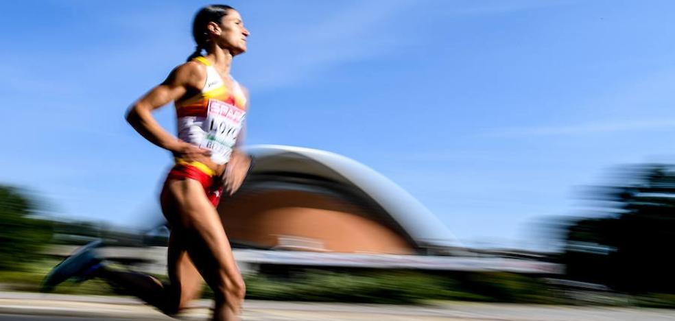 Elena Loyo: «Mi tercer maratón, la medalla de bronce... Estoy muy contenta»