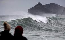 Alerta para esta tarde en la costa vasca por olas de 2 metros