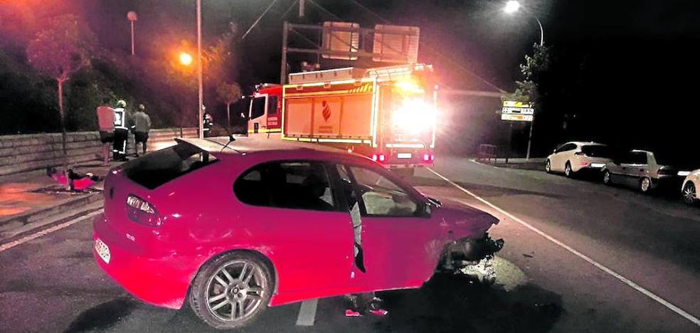 La Policía busca a un conductor que se dio a la fuga después de verse implicado en un accidente