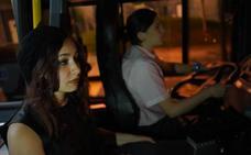 52 mujeres utilizan las paradas 'antiacoso' de Bilbobus en mes y medio