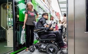 «Vitoria se está quedando atrás en materia de accesibilidad»