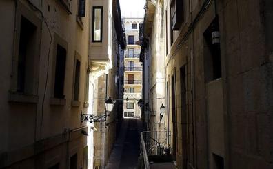 Detenido en San Sebastián por abusar sexualmente de una joven y robarle el móvil