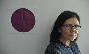 La directora de Emakunde pide una «profunda reflexión» a la sociedad ante los abusos y agresiones sexuales