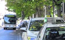 Los taxistas de Vitoria proponen crear tarjetas monedero económicas para los jóvenes