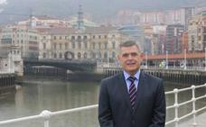 «Hay que invertir cada céntimo con mesura», avisa el nuevo concejal bilbaíno
