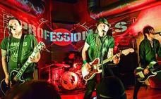 Uno de los Sex Pistols, de concierto en fiestas