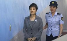 Elevan a 25 años de cárcel la condena por corrupción de la expresidenta surcoreana