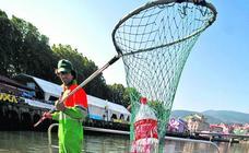 Los pescadores de plástico