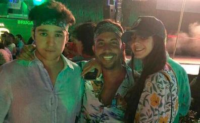 Froilán y Victoria Federica apuran la noche marbellí con una fiesta hawaiana
