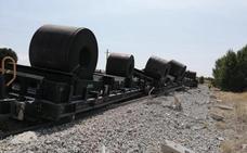 Descarrila en Burgos un tren que transportaba bobinas de acero desde Bilbao