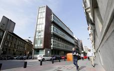 Unas antiguas oficinas de Kutxabank alojarán 38 viviendas en Rodríguez Arias