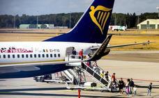 Bruselas investiga a Ryanair por el cobro de las maletas de mano