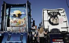 «Aquí nos reconocemos por el camión»