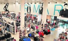 Primark mantendrá la tienda de Ballonti pese a desembarcar en la torre BBVA