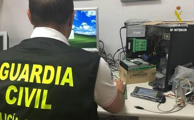 Detenido un pederasta que vendió un disco duro con pornografía infantil a través de internet