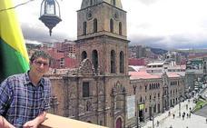 «Lo más difícil de entender es la hora boliviana, no le dan valor al tiempo»
