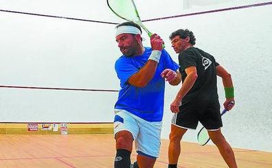 «Competir en squash exige entrenamiento y dedicación»