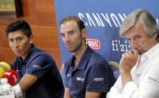«Me divierto más en la Vuelta que en el Tour», dice Valverde