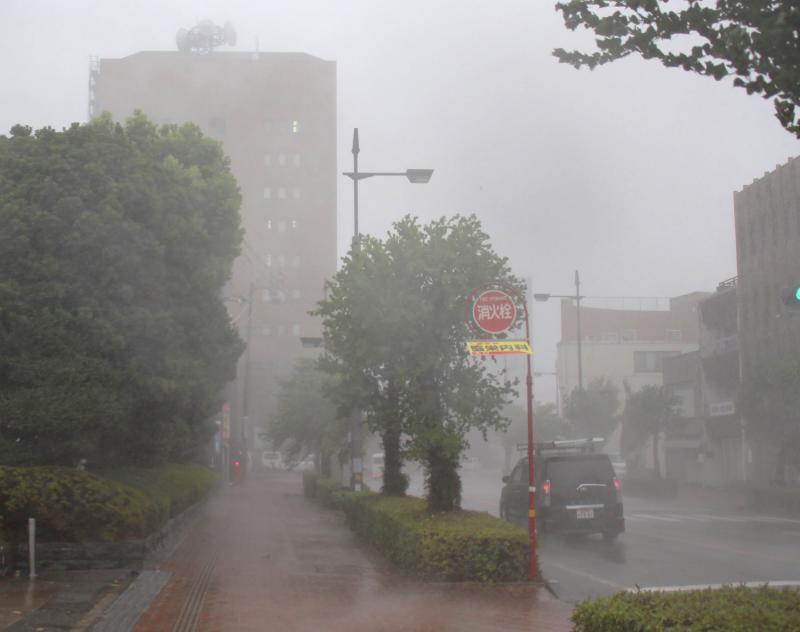 El tifón 'Jebi' arrasa Japón