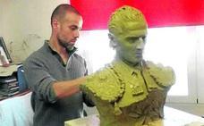 Orduña no ha colocado aún el busto de Iván Fandiño cuatro meses después del homenaje