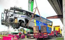 El chófer del autobús siniestrado estuvo once meses de baja por vértigos