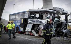 La lectura del tacógrafo descarta la velocidad como causa del accidente del autobús de Avilés