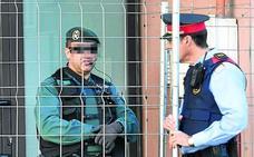 Interior suspende la salida de Cataluña de 300 guardias civiles