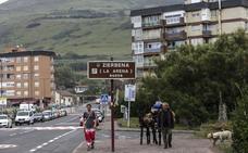Zierbena limita a los vecinos el uso de los aparcamientos junto a la playa de La Arena
