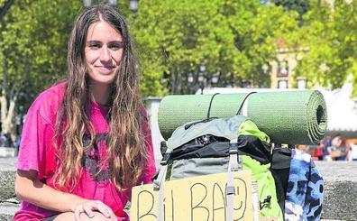 La odisea de una joven que ha llegado en autostop a Bilbao desde Italia