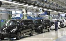 Mercedes-Vitoria parará cinco días la producción en octubre por la incertidumbre sobre los vehículos diésel