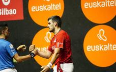 Ezkurdia y Ruiz ganan con solvencia a Elezkano II y Martija en el frontón de Lezama