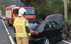 Un conductor herido tras salir de la calzada en Sopuerta