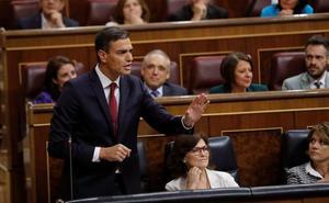 Sánchez dice a Casado que la economía va bien y la situación política «mejor»