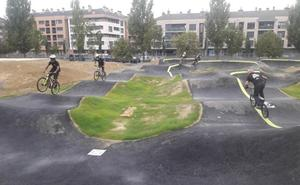 Etxebarri abre hoy al público su parque para bicicletas con pistas de saltos y cross