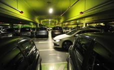 Todo el comercio del centro pide que se paralice el cierre el parking de Santa Bárbara