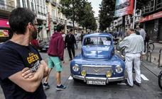 Los coches invaden la calle Dato por un día