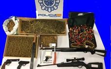 Intenta arrollar a los agentes que le iban a arrestar por tener una plantación de marihuana en Leioa