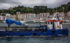 Ondarroa mejorará su navegabilidad tras la retirada de 30.000 metros cúbicos de fango